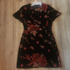 Black and red flower mini dress size 6 NWOT